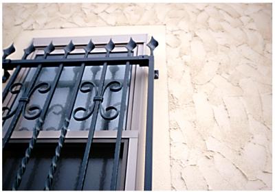 ロマネ 窓